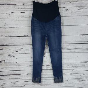 4/$20 Celebrity pink maternity skinny jeans